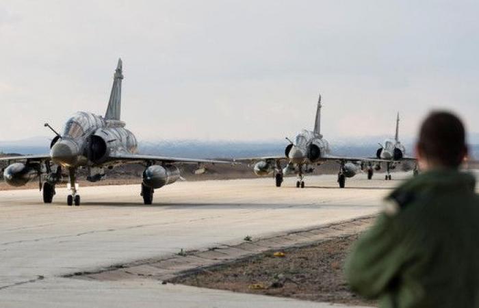 """مقتل 150 عنصرا من """"داعش"""" بغارات للتحالف شرق سوريا"""