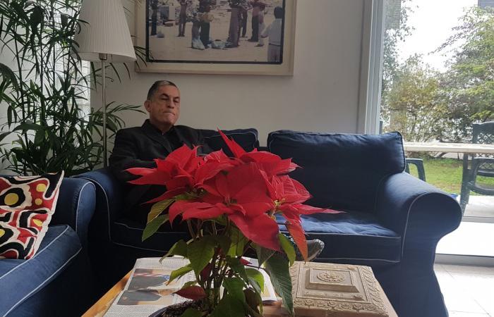 شاعر إسرائيلي: عهد التميمي رمز لشعبها وبطلة