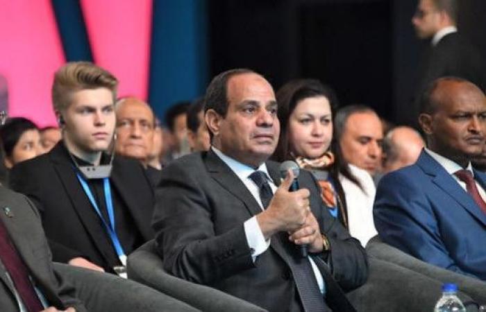 شاهد الرئيس المصري يرد على سؤال محرج