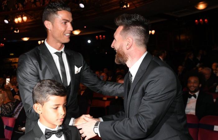 ميسي يتحدث عن أزمة ريال مدريد وعلاقته برونالدو