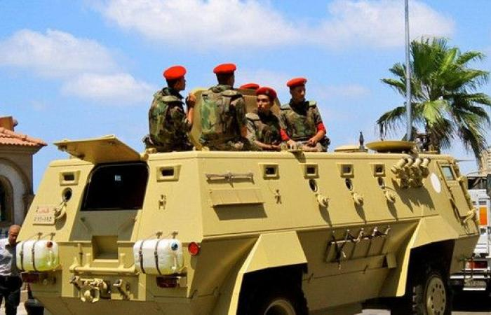 إصابة ضابط و11 مجنداً بانقلاب حافلة نقل جنود بوسط سيناء