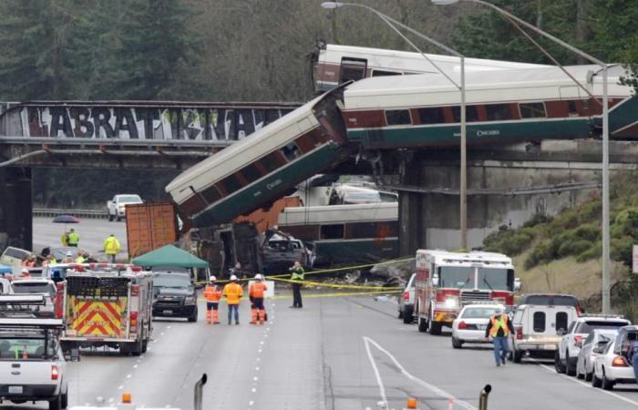 قتلى وجرحى باصطدام قطارين بالولايات المتحدة