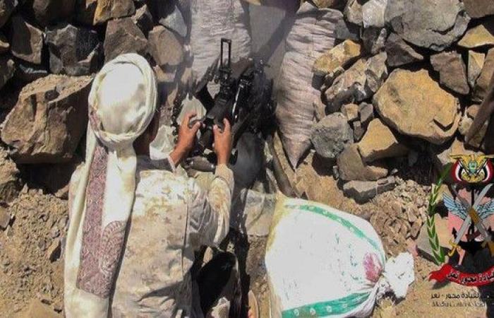 اليمن.. الجيش يسيطر على قلعة لوزم شرق تعز