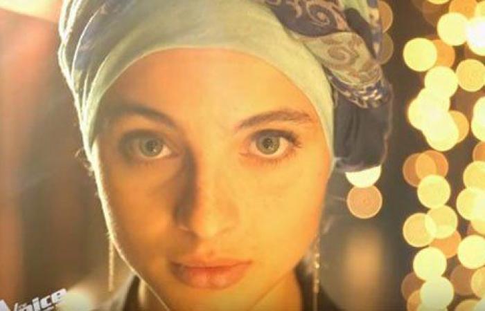 بالفيديو: شابة سورية محجّبة تخطف الأنفاس في The Voice فرنسا