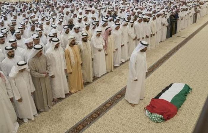 الإمارات.. إقامة صلاة الجنازة على والدة الشيخ خليفة
