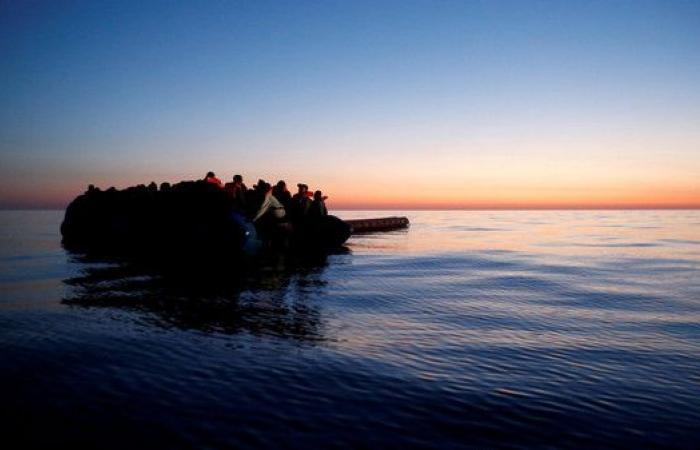 المغرب ينتشل جثث 20 مهاجراً إفريقياً في البحر