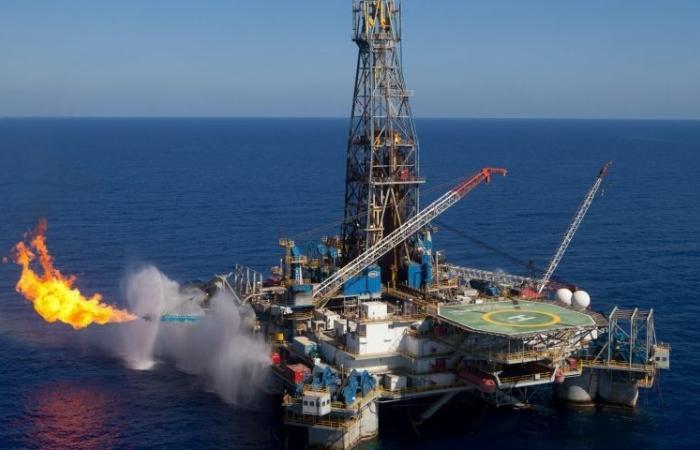 """خبير يوضح حقيقة اتفاقية الغاز بين مصر و""""إسرائيل"""""""