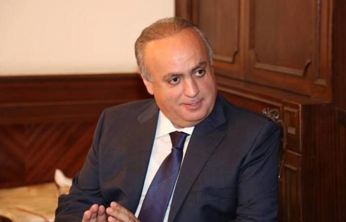بالصورة... وهاب يقدم ترشيحه للإنتخابات النيابية!