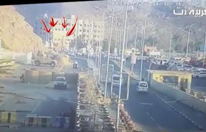 شاهد لحظة استهداف مقر قيادة قوات مكافحة الإرهاب في عدن