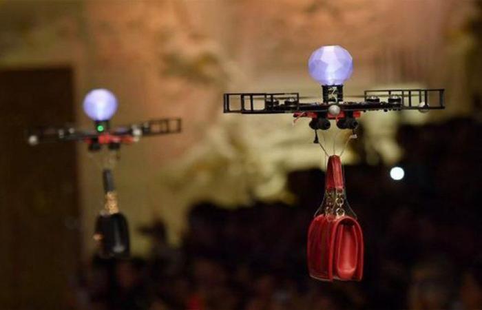 """بالفيديو… طائرات تسيطر على عرض """"Dolce & Gabbana"""""""
