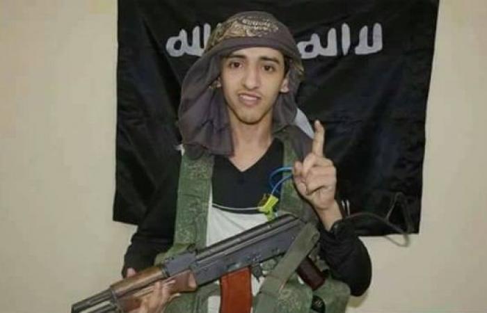 صور.. هؤلاء هم منفذو الهجوم على مقر مكافحة الإرهاب بعدن