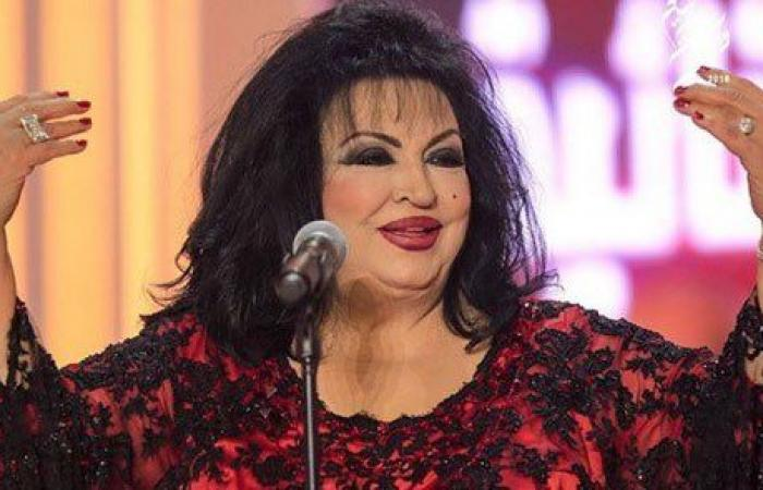 سميرة توفيق تَعِدُ عشّاقها بأغنية جديدة