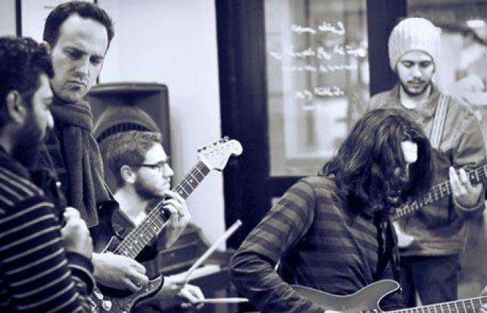 """فريق Apo &The Apostles الفلسطيني بألبوم جديد مع شركة """"Universal Music MENA"""""""
