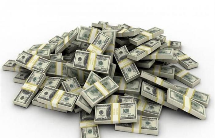 الرجل الذي كسب أكثر من مليار دولار بيوم واحد.. تعرف إليه
