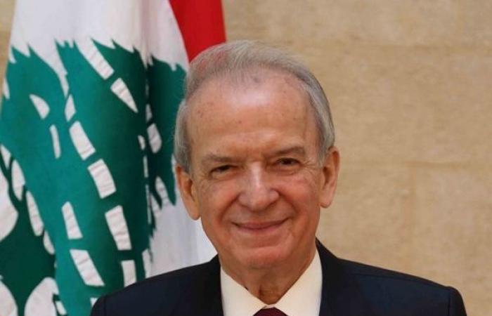 وزير التربية عايد المعلمين في عيدهم: حقوقهم مقدسة