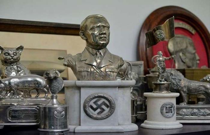 دلائل الإستخبارات الروسية عن انتحار هتلر