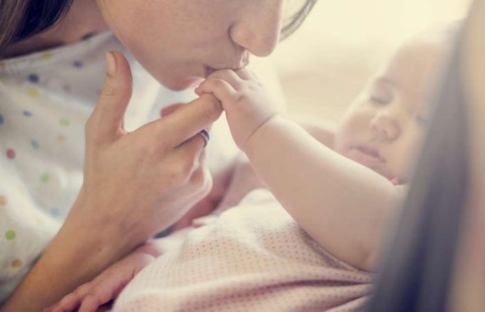 هل يطيل إنجاب الأطفال عمر المرأة أم يقصره؟