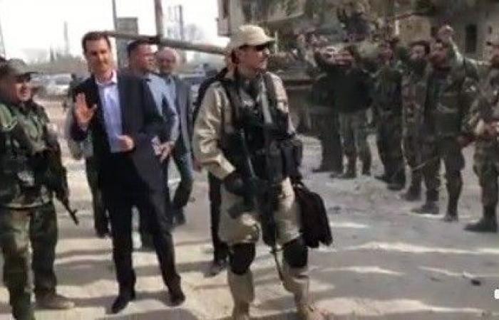 جندي يفاجئ بشار الأسد بخبر عسكري عن الغوطة الشرقية!