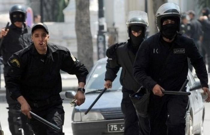 تونس.. مطلوب يفجر نفسه جنوب البلاد