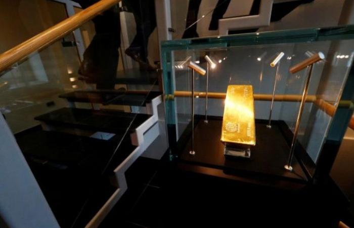 الذهب يسجّل ارتفاعاً.. وهذا سعره اليوم