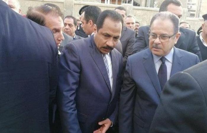 وزير داخلية مصر من موقع التفجير: سنواصل محاربة الإرهاب