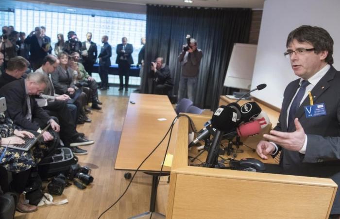 ألمانيا توقف رئيس كتالونيا السابق بوجديمون