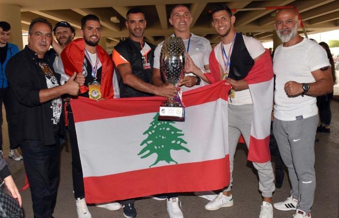 """في بطولة العالم للـ""""مواي بوران"""".. لبنان يفوز بالمركز الأول ويكتفي بـ""""فضّية"""" رفضاً للتطبيع!"""