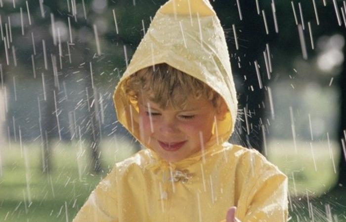 أمطار غزيرة وتساقط للبرَد وعواصف رعدية.. هكذا سيودعنا آذار