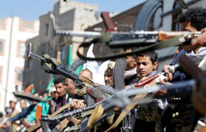 بريطانيا تطالب إيران بالكف عن تسليح الحوثيين