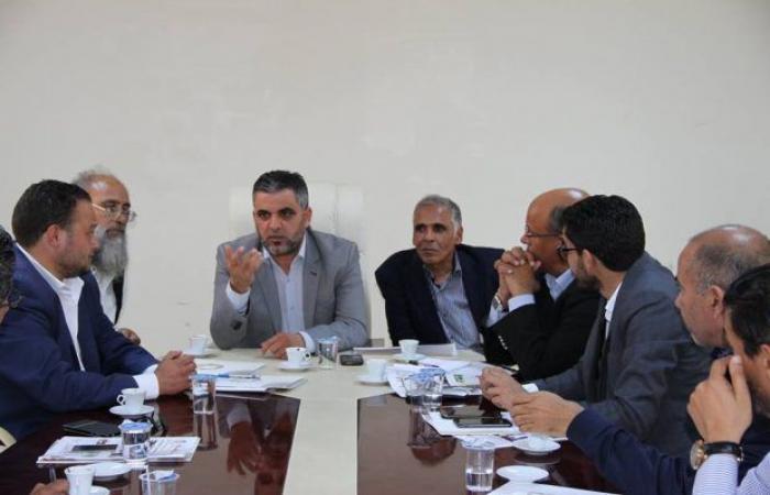 ديوان بلدية ترهونة يبحث مع وفد من وزارة الصحة استكمال المشروعات المتوقفة في البلدية