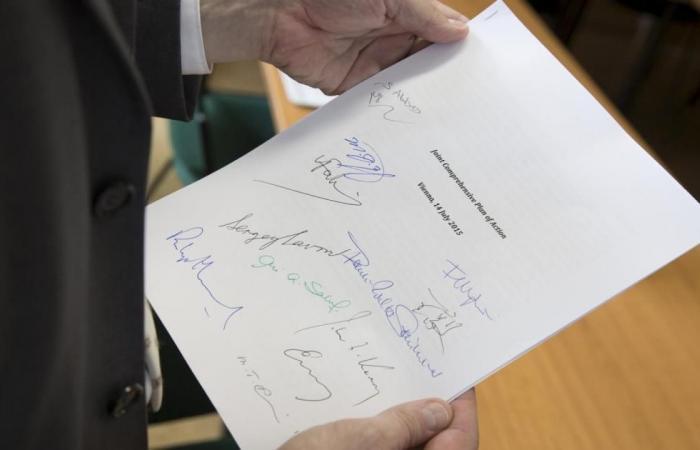 """""""اتفاق إيران لم يمت"""".. الدول الخمس ترفض قرار ترامب"""