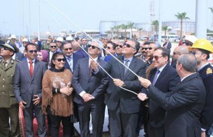 غدًا.. وزير النقل يرفع العلم على قاطرتين بحريتين بميناء الإسكندرية