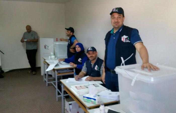 """""""القانون النسبي"""" وراء ضعف المشاركة في الانتخابات في لبنان"""