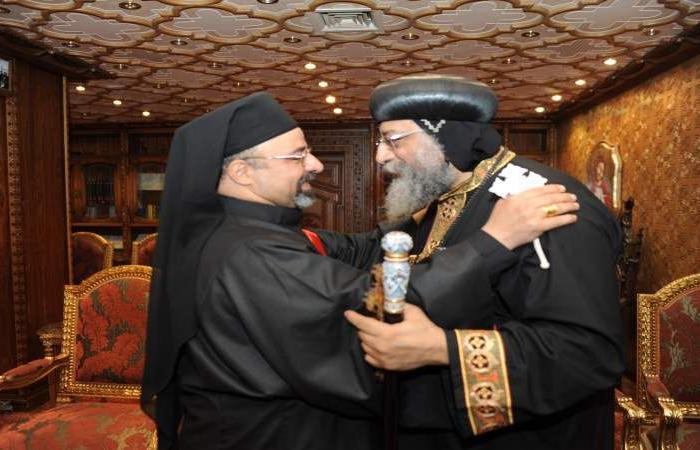 الكنيستان الأرثوذكسية والكاثوليكية يتبادلان التهنئة بمناسبة «يوم الصداقة»