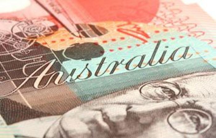 الدولار الأسترالي يتوقف عن الهبوط بعد بيانات التضخم عن الصين
