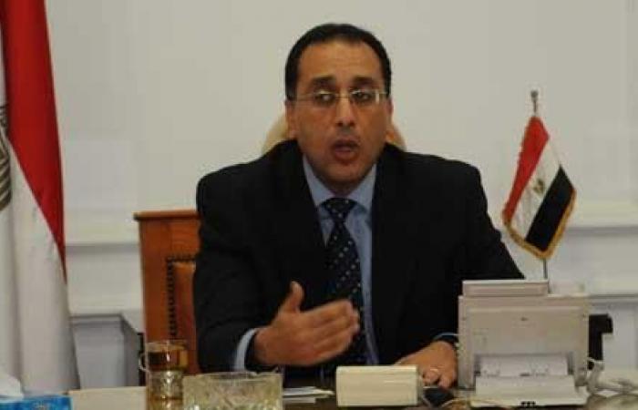 وزير الإسكان: تنفيذ عدد من مشروعات المياه والصرف الصحي ببورسعيد