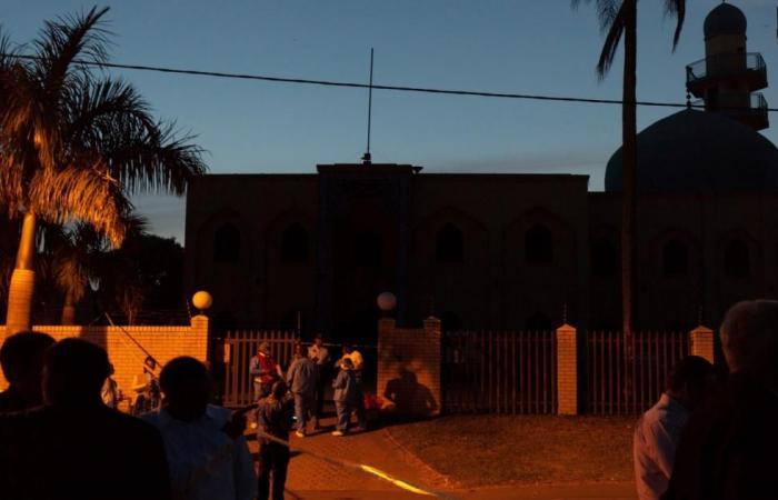 مقتل إمام في هجوم على مسجد بجنوب أفريقيا