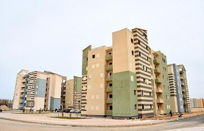 «وزير الإسكان» يقوم بجولة تفقدية لمشروعات مدينة العلمين الجديدة