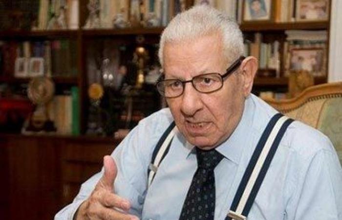 مكرم محمد أحمد: استفتاء «روسيا اليوم» حول حلايب «تجاهل للسيادة المصرية»