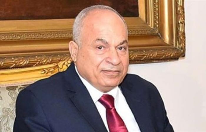 قضاة وشخصيات عامة يوصون بمخاطبة رئيس الجمهورية لتعيين المرأة قاضية