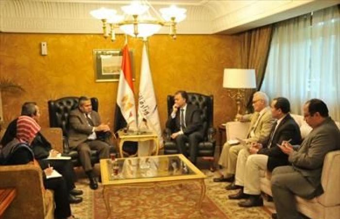 وزير النقل يلتقي سفير إندونسيا بالقاهرة لبحث سبل التعاون في مجالي السكك الحديدية والمترو