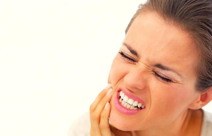 حساسية الأسنان: الأسباب والتشخيص والعلاج