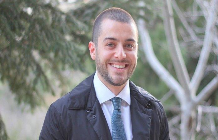 """سامي فتفت: الحريري غير منفتح على """"حزب الله"""""""