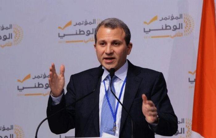 """مقاطعة باسيل للإفطار السعودي من باب التضامن مع """"حزب الله"""""""