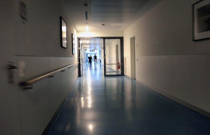 المستشفيات للمرضى: إدفعوا فاتورة الكهرباء!