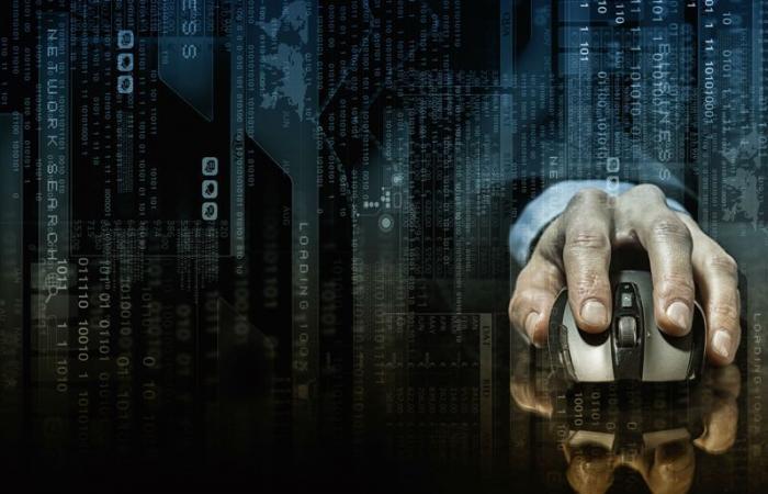 أسواق الويب المظلمة تتراجع مع التحول إلى تيليجرام