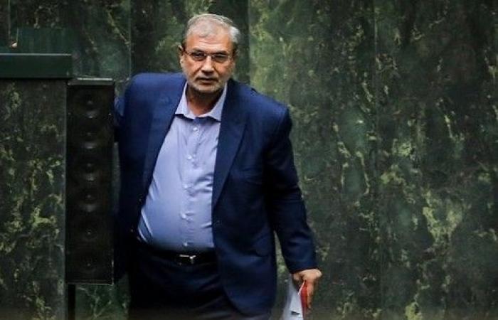 البرلمان الايراني يسحب الثقة من وزير العمل