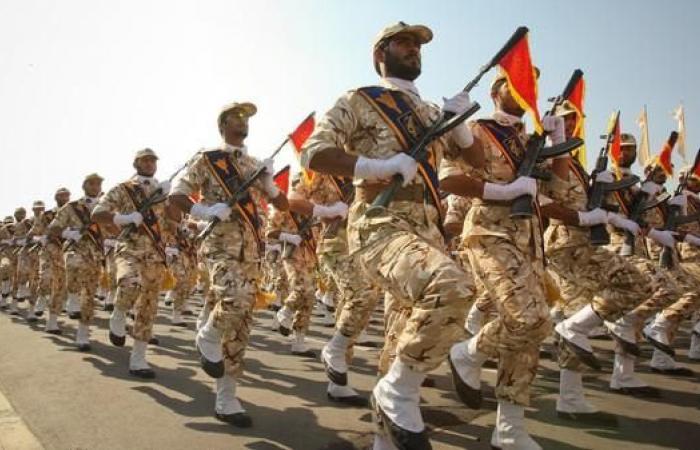 إيران | خبير أميركي يرجح انشقاق قادة بالحرس الثوري الإيراني