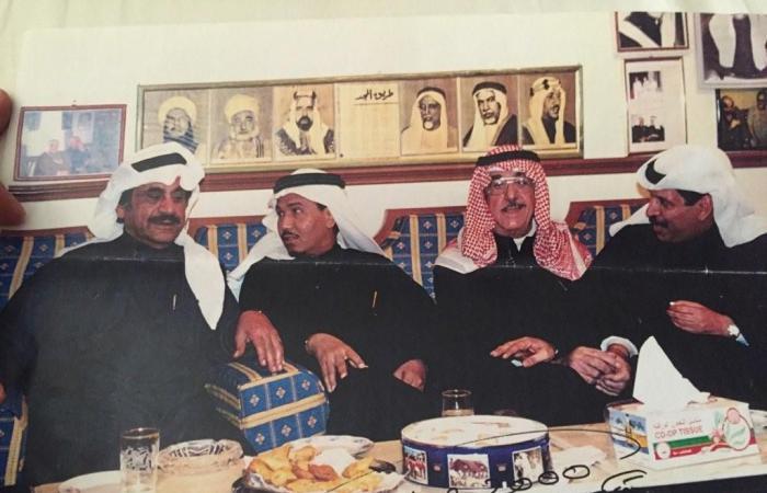 محمد عبده وعبدالحسين عبدالرضا بلبس الإحرام..من ثالثهما؟