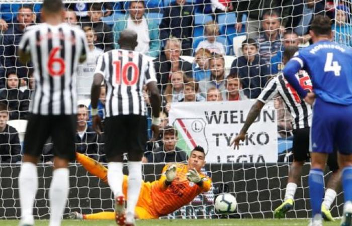 نيوكاسل يهدر الفوز في الثواني الأخيرة